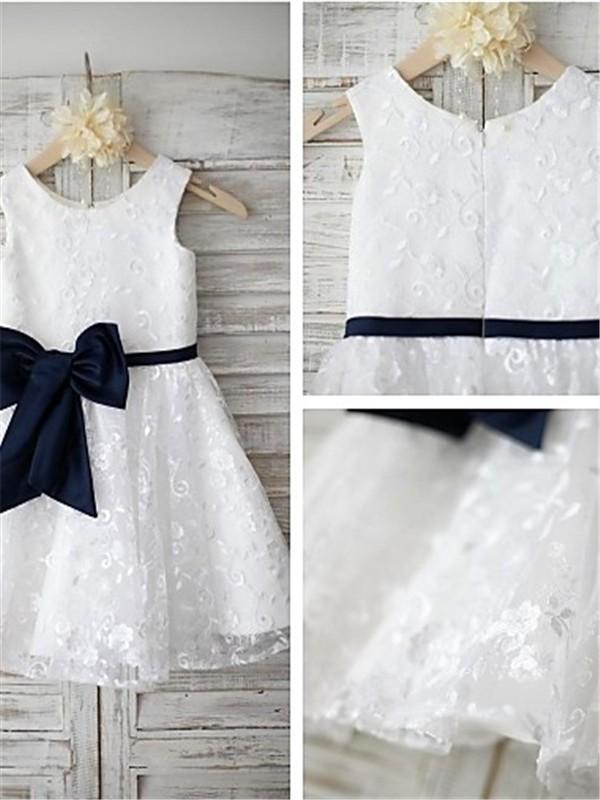 A-Linien-/Princess-Stil U-Ausschnitt Bodenlang Spitze Blumenmädchenkleid mit Applikationen