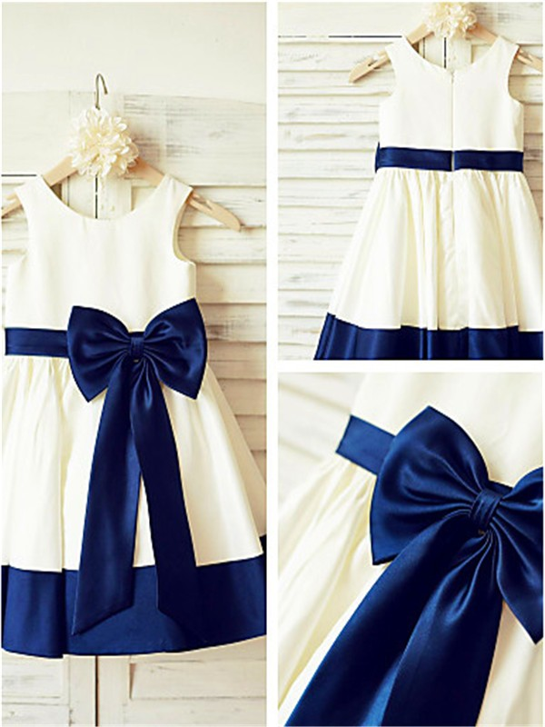 A-Linien-/Princess-Stil U-Ausschnitt Wadenlang Satin Blumenmädchenkleid mit Perlenstickereien Schleifen