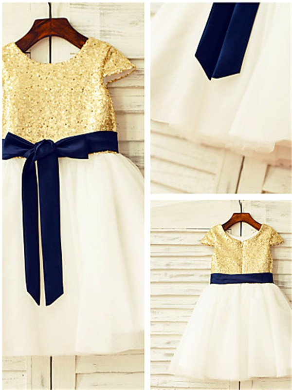 A-Linien-/Princess-Stil U-Ausschnitt Kurze Ärmel Wadenlang Tüll Blumenmädchenkleid mit Perlenstickereien Ziermünzen
