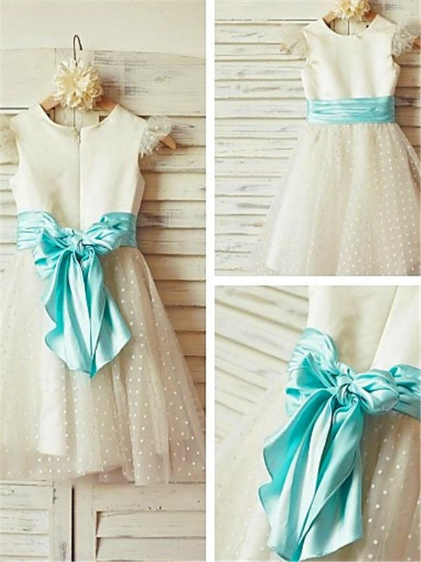A-Linien-/Princess-Stil Juwel-Ausschnitt Wadenlang Tüll Blumenmädchenkleid mit Perlenstickereien Schichten