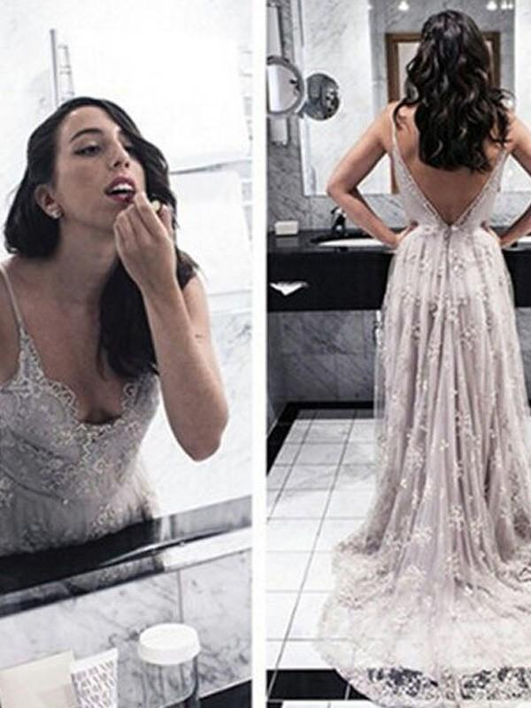 A-Linien-/Princess-Stil V-Ausschnitt Pinselschleppe Spitze Abendkleid mit Applikationen