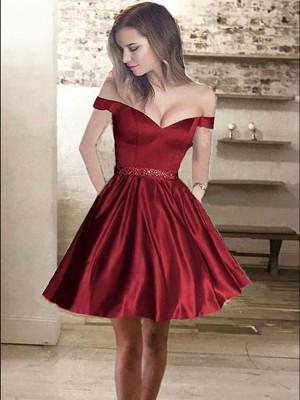 A-Linien-/Princess-Stil Schulterfrei Satin Ärmellos Kurze Kleid mit Perlenstickereien