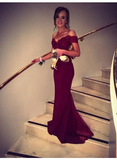 Trompeten-/Meerjungfrauenkleider Schulterfrei Pinselschleppe Spitze Abiballkleid mit Perlenstickereien