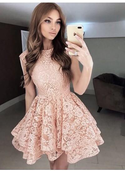 A-Linien-/Princess-Stil U-Ausschnitt Spitze Ärmellos Kurze Abendkleid mit Tiered