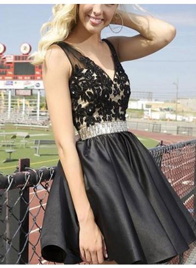 A-Linien-/Princess-Stil V-Ausschnitt Satin Ärmellos Kurze Rückenfrei Kleid mit Perlenstickereien Applikationen