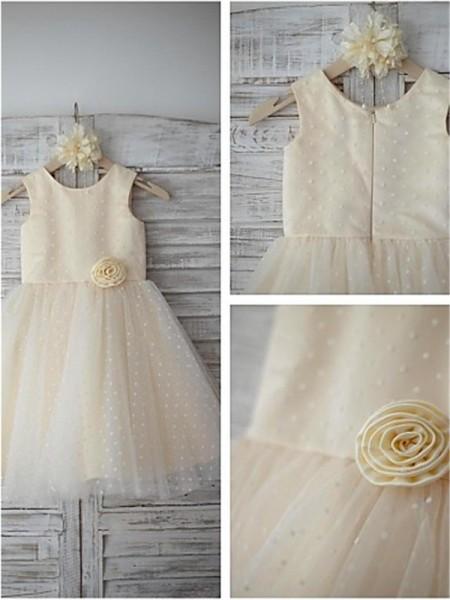 A-Linien-/Princess-Stil U-Ausschnitt Bodenlang Tüll Blumenmädchenkleid mit Perlenstickereien Handgemachte Blumen