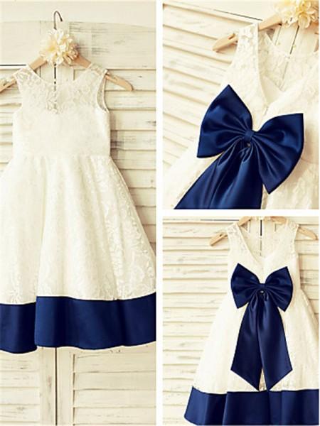 A-Linien-/Princess-Stil U-Ausschnitt Bodenlang Spitze Blumenmädchenkleid mit Spitze Rüschen