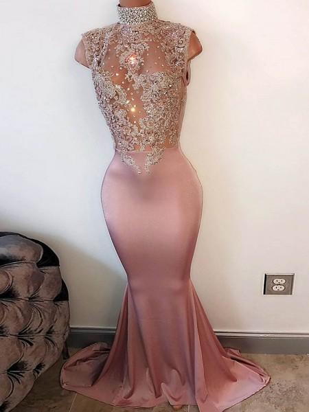 Trompeten-/Meerjungfrauenkleider Stehkragen Ärmellos Pinselschleppe Satin Ballkleid mit Perlenstickereien
